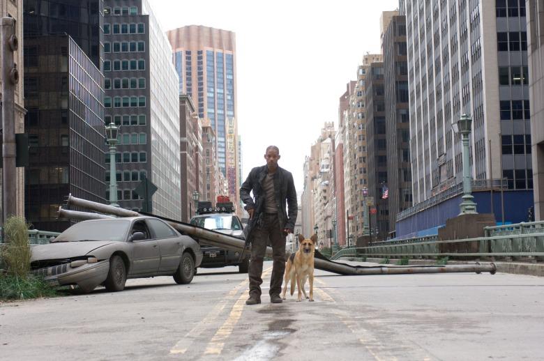 JE SUIS UNE LÉGENDE de Francis Lawrence (2007)