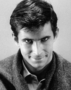 Norman Bates dans PSYCHOSE, figure et film par lesquels tout commença...