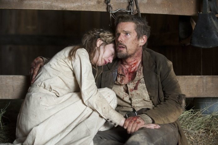 taissa-farmiga-photo-ethan-hawke-in-a-valley-of-violence-985166