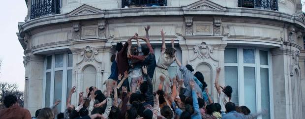 Powstaje-najbardziej-romantyczny-film-o-zywych-trupach-The-Night-Eats-the-World-czyli-apokalipsa-zombie-w-Paryzu